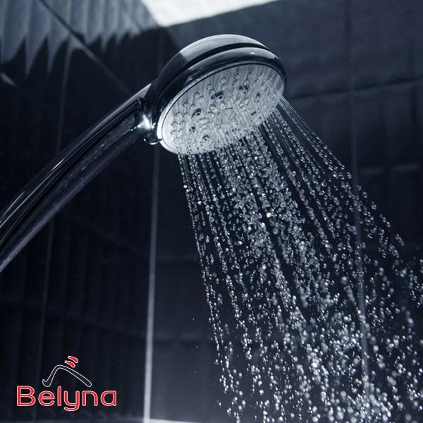 việc tắm quá thường xuyên sẽ làm rửa trôi đi lớp dưỡng tự nhiên và các vi khuẩn có lợi trên cơ thể.